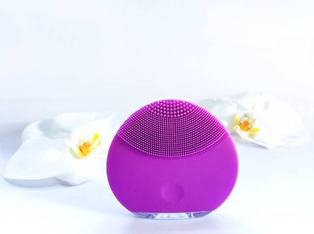 Is it worth the Cost? Foreo Luna mini