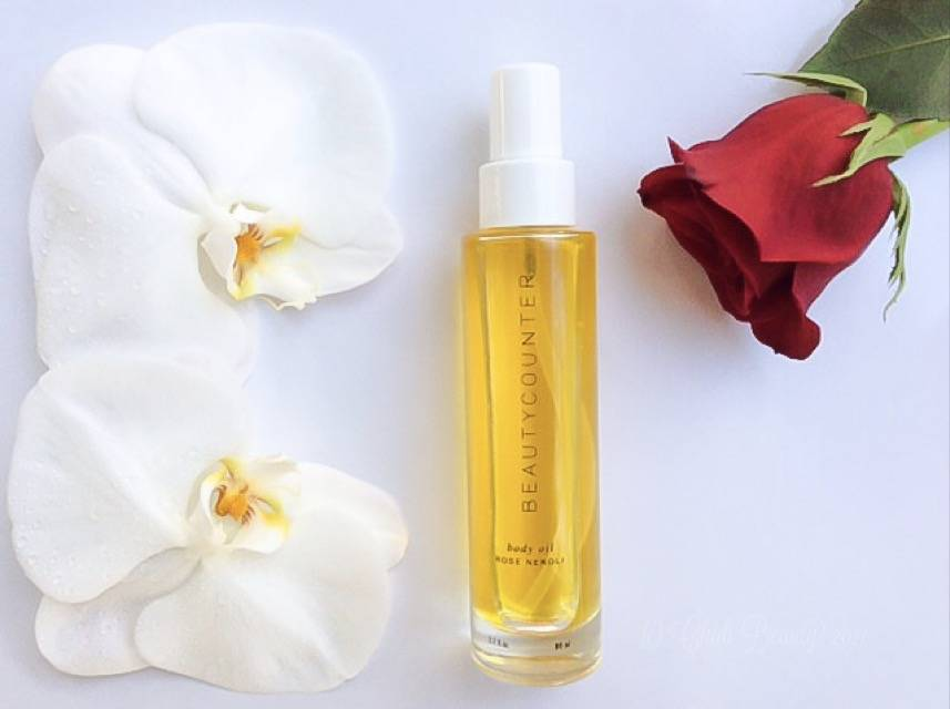 Romantic Gift - Beautycounter Lustro Rose Neroli Body Oil