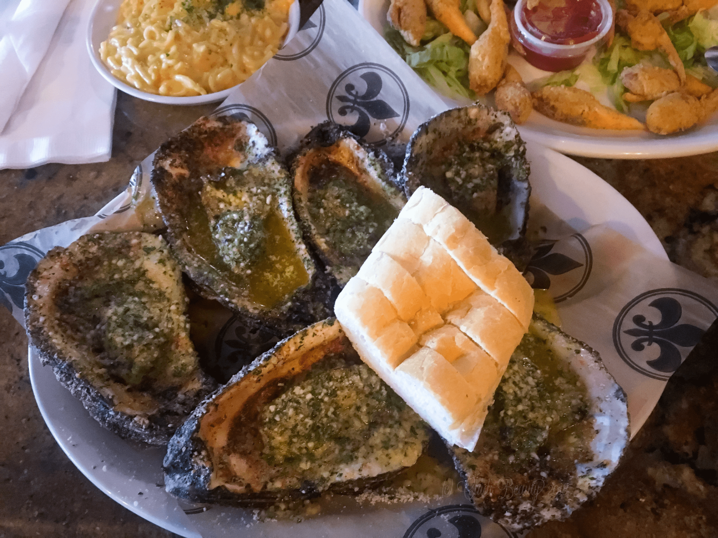 Neyow's Grilled Oysters • chidibeauty.com